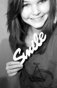 Smile! (: Love Anna